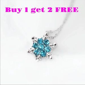 Jewelry - Blue Snowflakes Necklace Neck30b